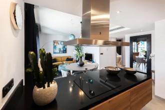 Porządek musi być, czyli jak urządzić kuchnię, by była praktyczna?