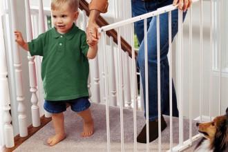 Jak urządzić dom, by był bezpieczny dla dziecka?