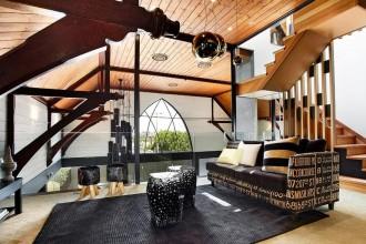 Niezwykły pomysł na mieszkanie w stylu steampunkowym. Jak je urządzić?