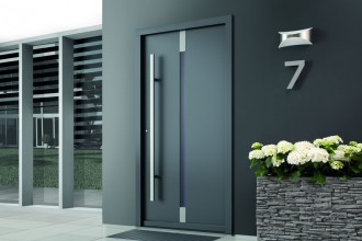 Jak wybrać drzwi zewnętrzne do domu energooszczędnego?