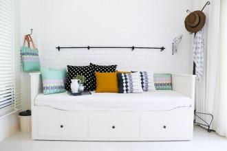 Kobiecy styl w mieszkaniu - jak go osiągnąć i zachować