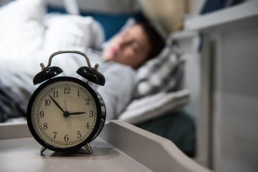 Co pomaga zasnąć? Gadżety elektroniczne stworzone z myślą o lepszym śnie