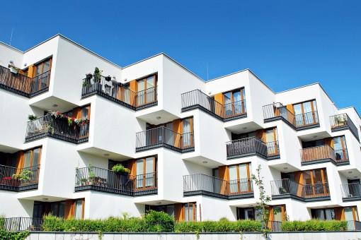 Z języka deweloperskiego na polski: wyjaśniamy elementy oferty sprzedaży mieszkań