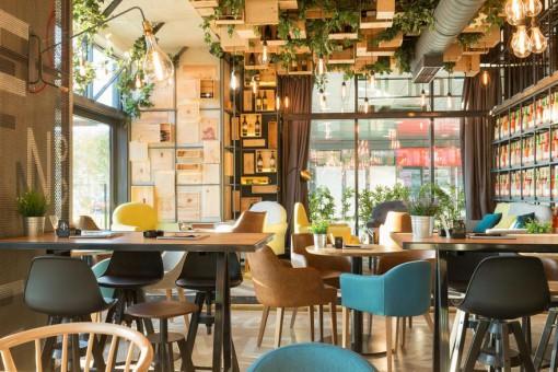 Niezwykłe restauracje w Polsce – urocze wnętrza, w których poczujesz się jak na wakacjach