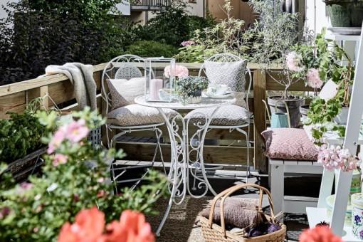 Aranżacja balkonu w bloku – galeria. Jak urządzić domowy ogród na niewielkiej przestrzeni?
