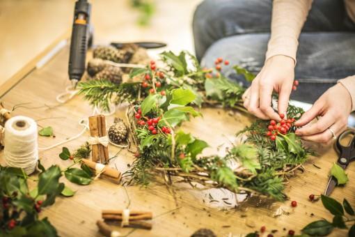 8 pomysłów na świąteczne ozdoby w domu. Zrób to inaczej niż zwykle!