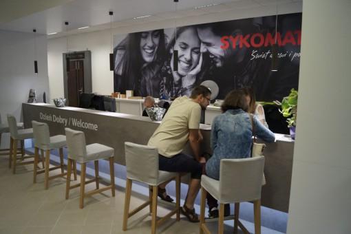 PORTA DRZWI otwiera przyjazny i wygodny dla Klientów SALONodNOWA