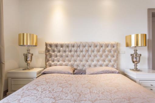 Sypialnia glamour – sprawdź, jak ją przygotować