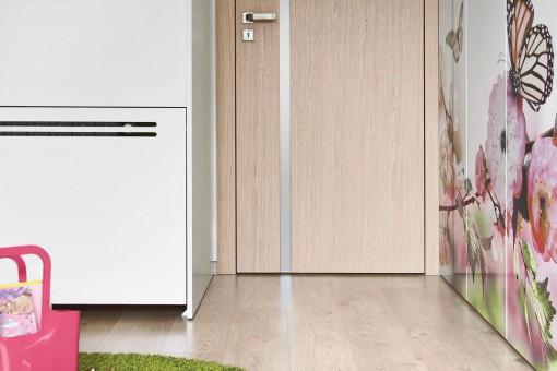 W jaki sposób dobrać drzwi do rodzaju i koloru podłogi?