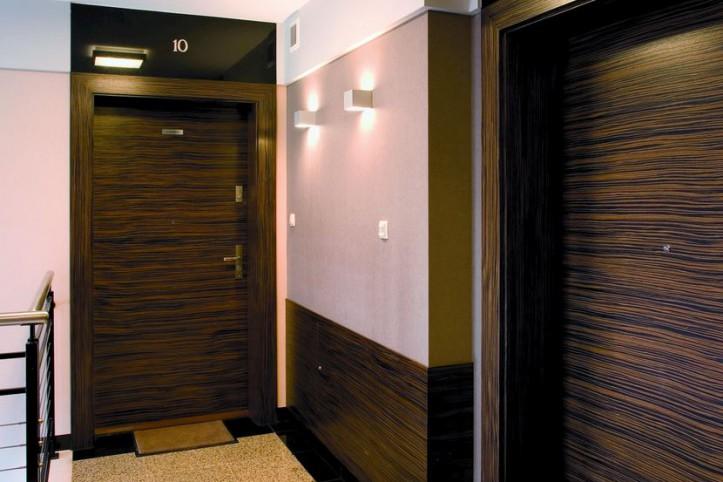 Solidne drzwi wejściowe gwarancją bezpieczeństwa!