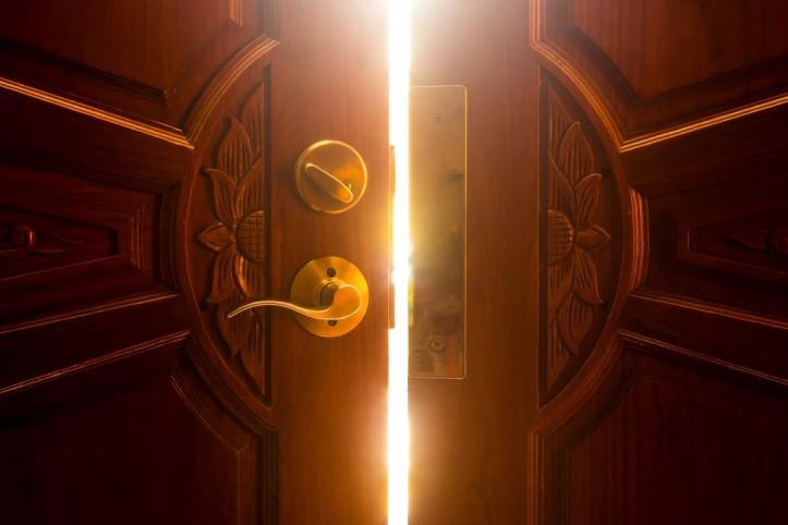 Drzwi na przestrzeni wieków i magia w nich zawarta
