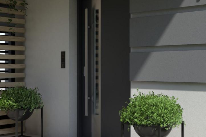 Drzwi zewnętrzne z okleiną PCV czy drewniane? Które są lepsze?