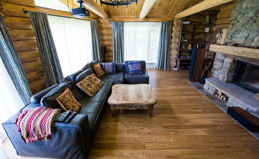 Drewniane domy pracują