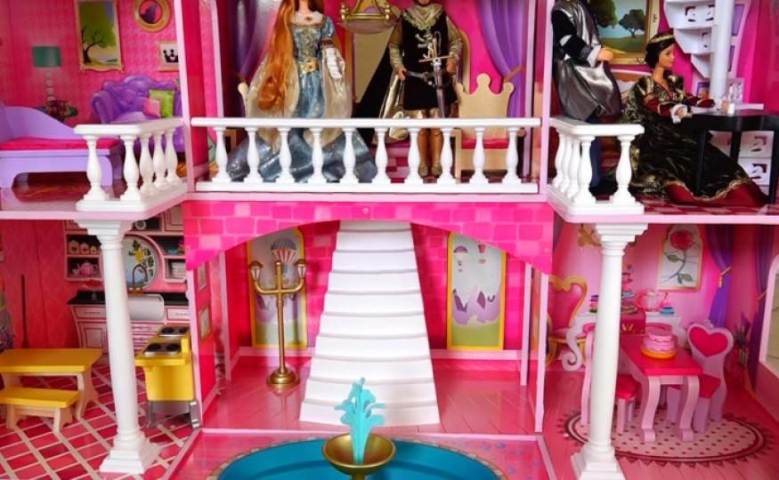 Domek dla lalek Barbie – szczyt marzeń?