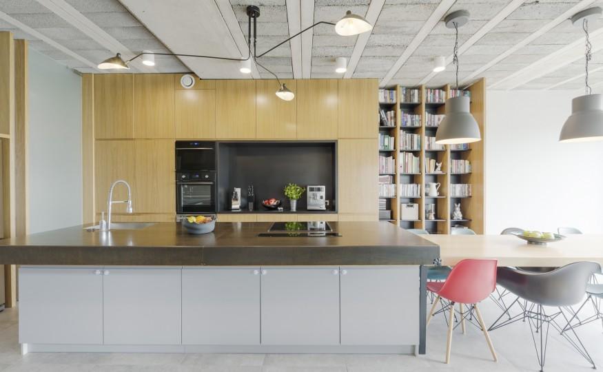 Jak urządzić kuchnię otwartą na salon?