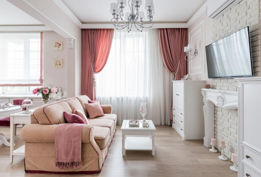 Róż - świetny kolor do salonu, łazienki lub kuchni