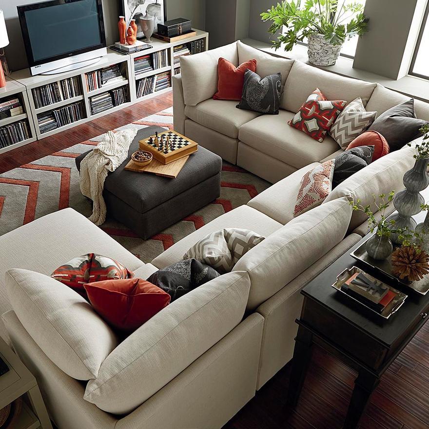Idealny pokój dla całej rodziny. Jak urządzić salon w domu?