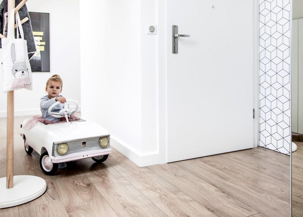 Mieszkanie w bieli - rozwiązanie ponadczasowe