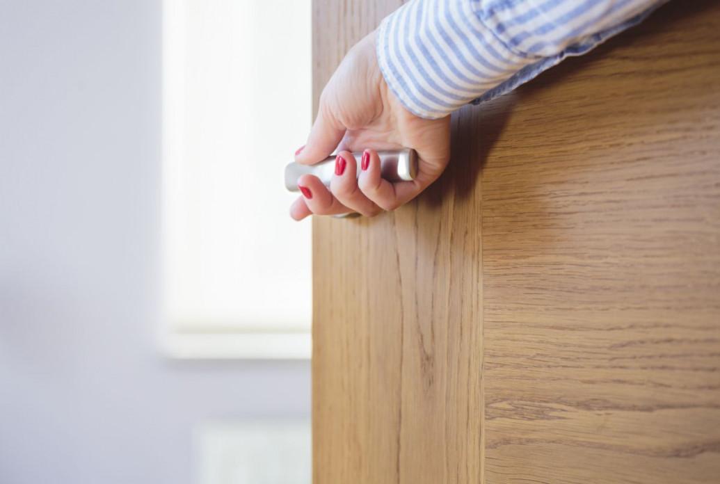 Drzwi metalowe, drewniane czy z PCV- jakie drzwi wejściowe wybrać?